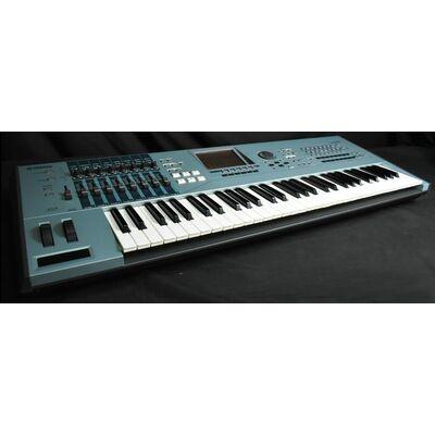 Used Yamaha Motif XS6 61 Keys Synthesizer + Flight Case